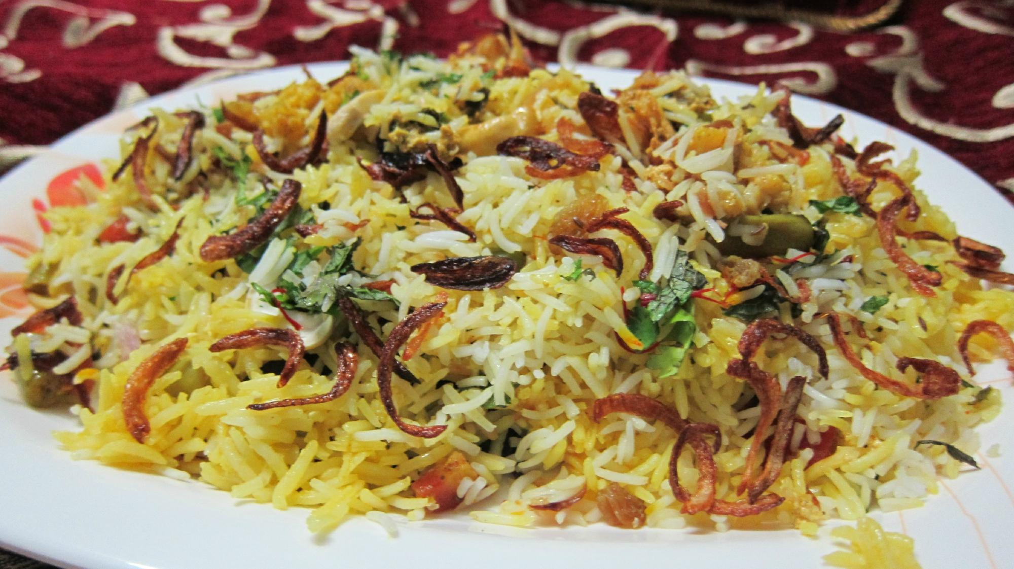 Biriyani Pilaf- Top Dish To Try in Bhopal to Satisfy Your Food Cravings