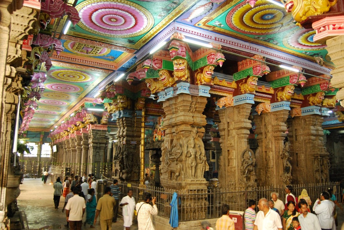 Breathtaking Architecture of the Meenakshi Temple in Madurai