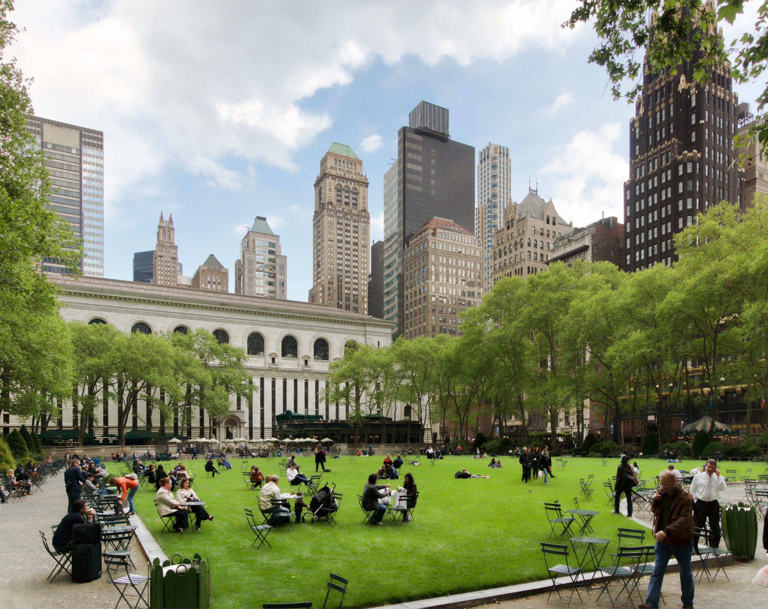 Bryant Park - Where To Stay In New York When Visiting For The First Time