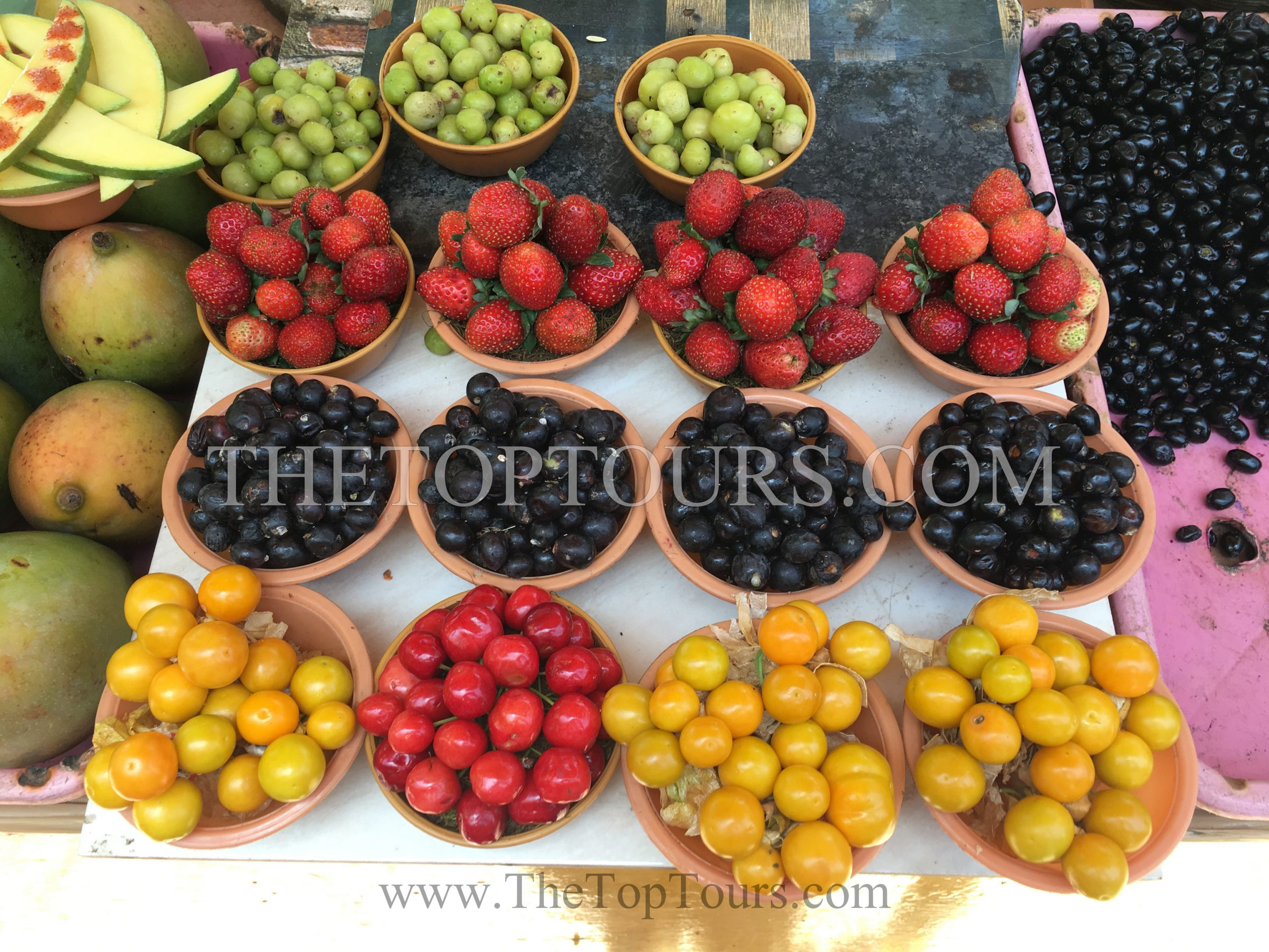 Famous Places To Shop And Things To Buy In Mahabaleshwar