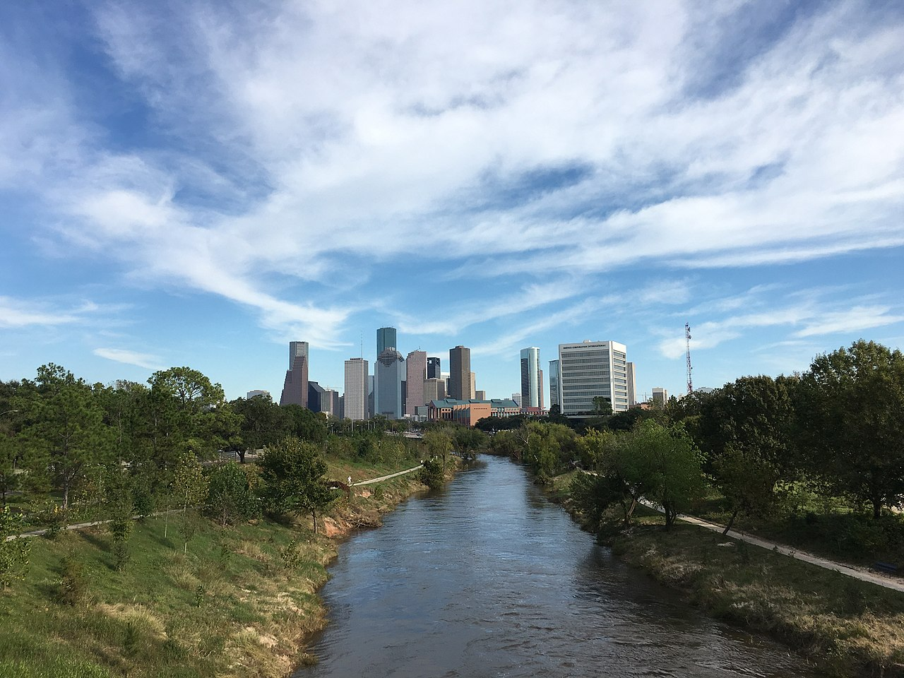Nice Outdoor Activities In Houston-Check out the Buffalo Bayou Park