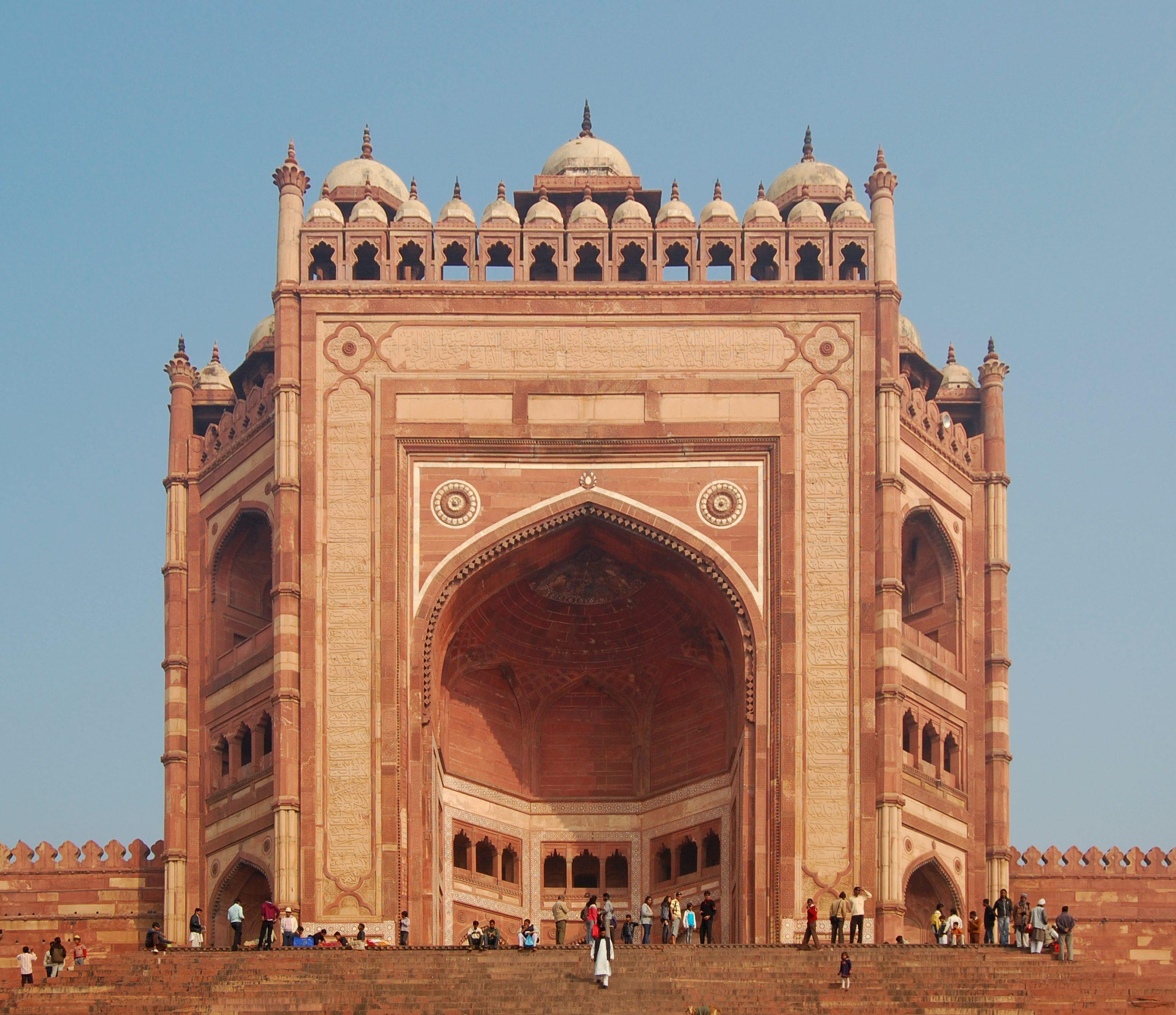 Amazing Must-Visit Place in Fatehpur Sikri-Buland Darwaza