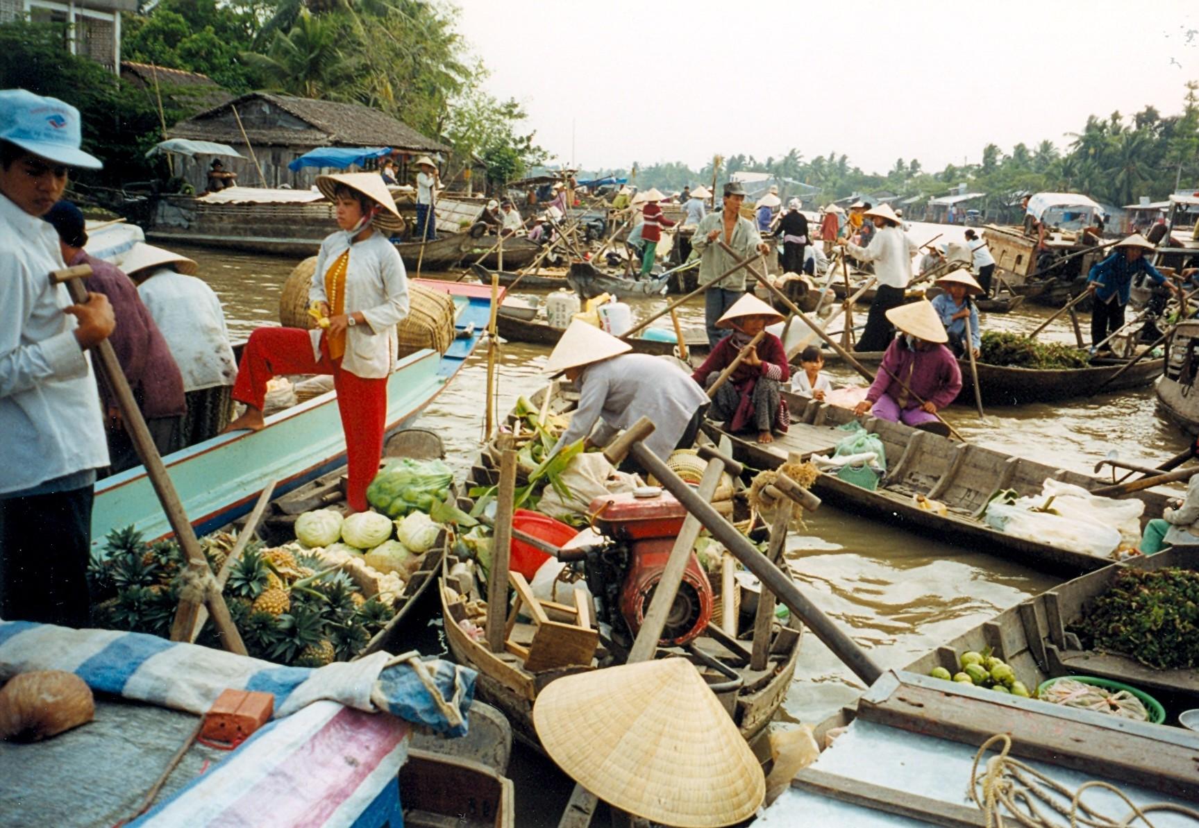 Vietnam Shopping-Cai Rang Market