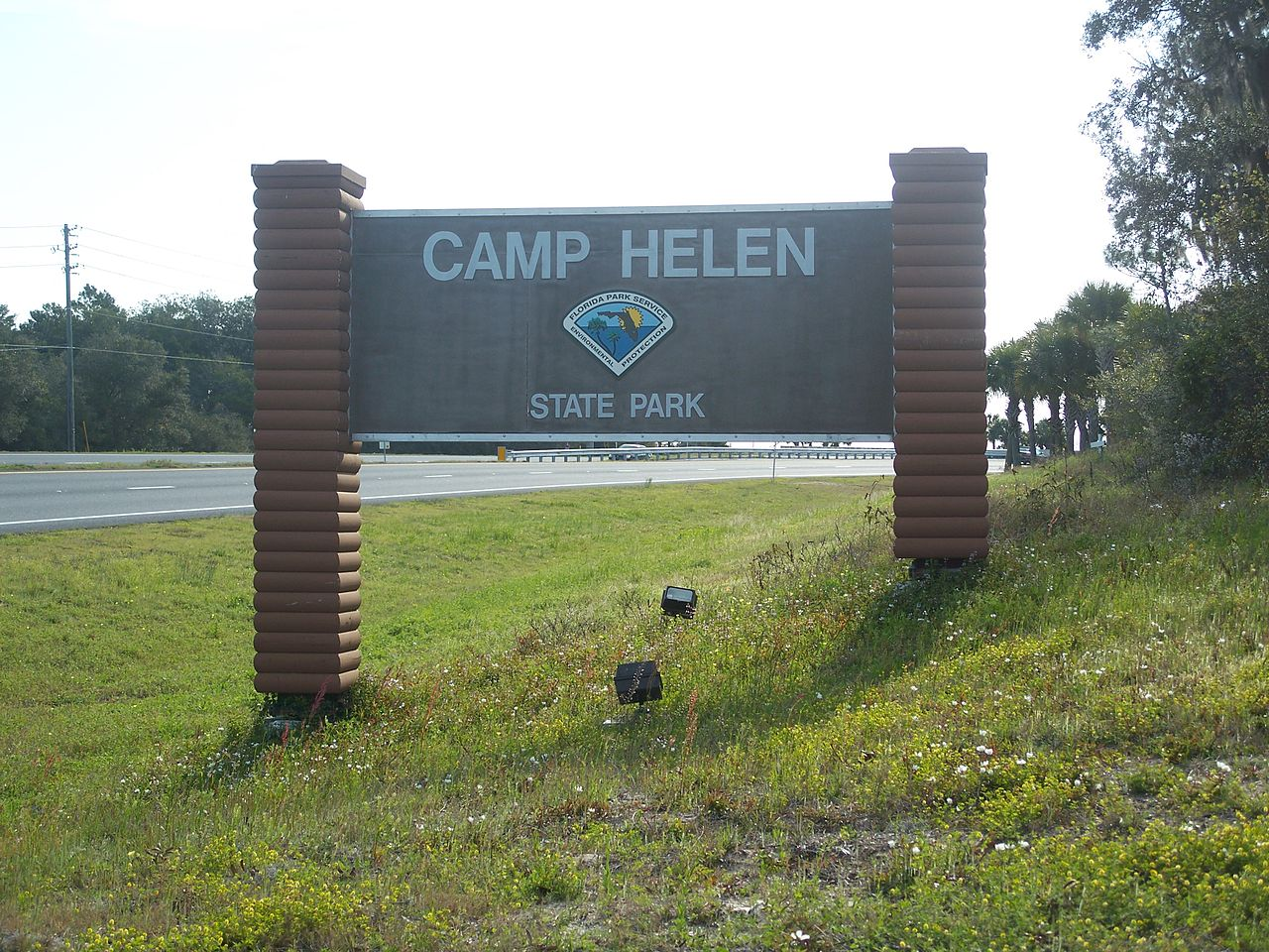 Best Place Of Emerald Coast That Draws The Tourist-Camp Helen State Park