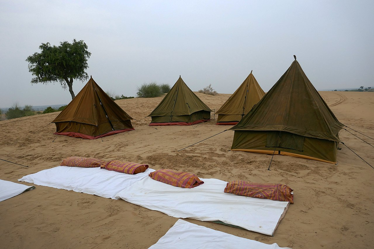 Adventure Activities That Tourist Must Experience In Rajasthan-Camping