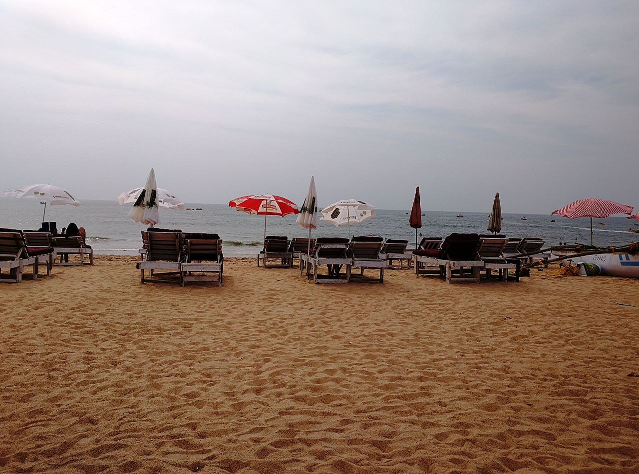 Get Some Vitamin Sea At This Best Beache in North Goa - Candolim Beach