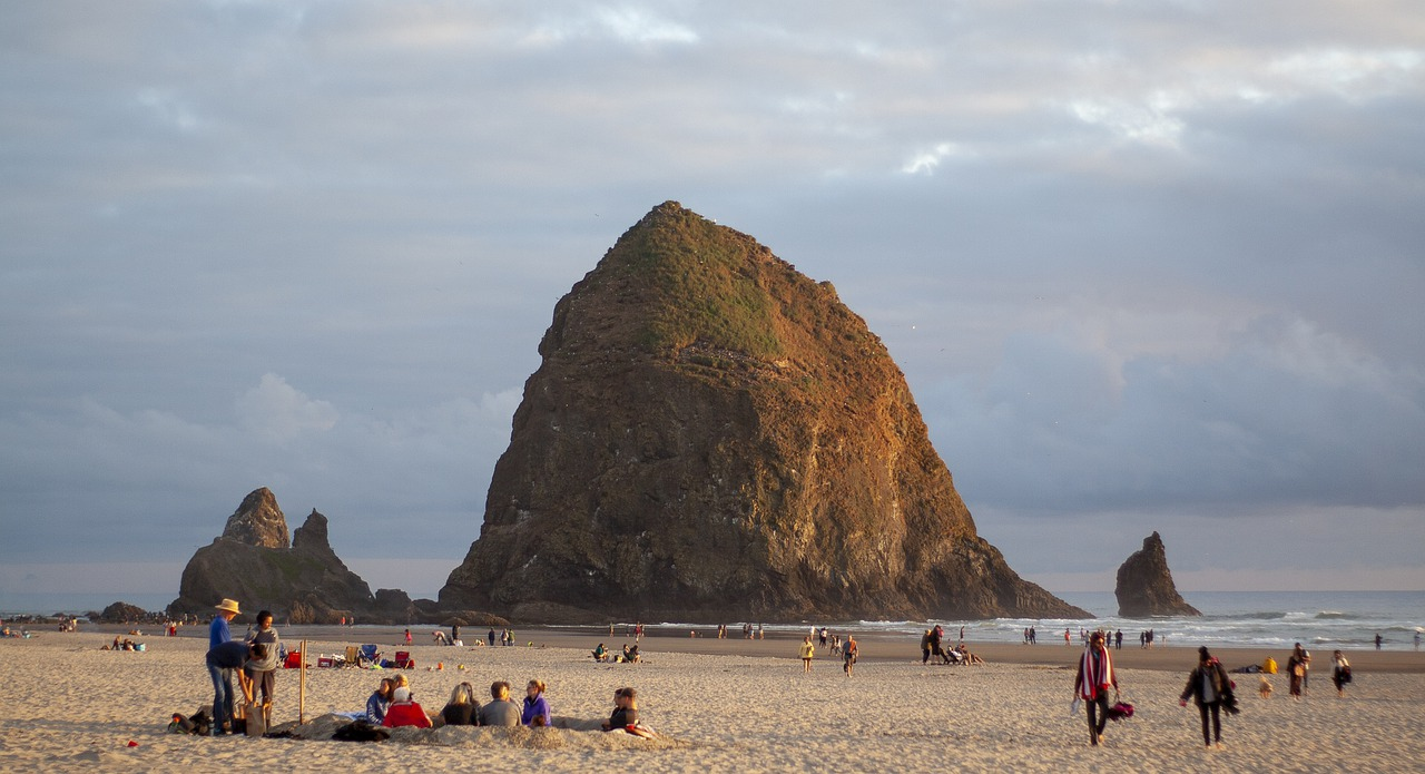 Top Place to Visit In Oregon-Cannon Beach