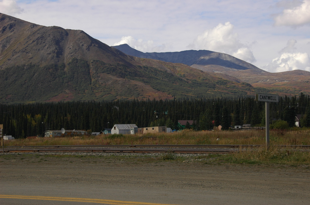 Sight-seeing Weekend Getaway Destination From Anchorage, Alaska-Cantwell