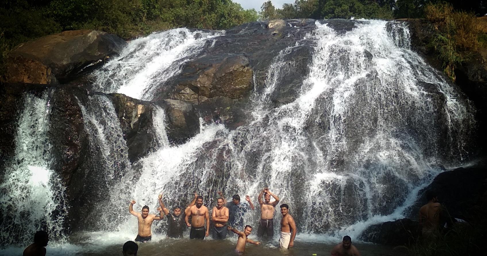 Best Waterfall In Tamil Nadu-Catherine Falls in Kotagiri