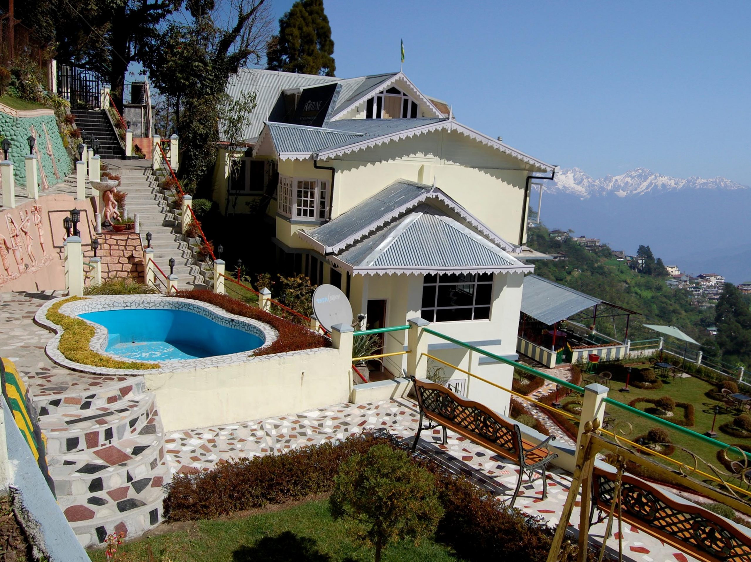 Central Nirvana - Best Luxury Hotels To Stay In Darjeeling