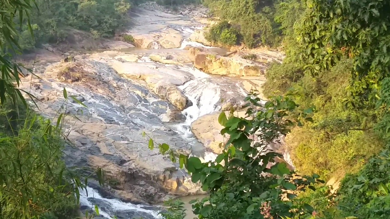 Best Waterfalls in Chhattisgarh-Charre – Marre Falls