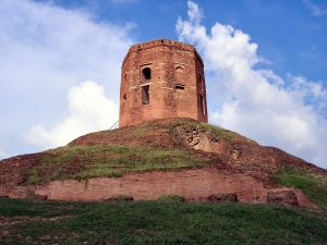 Chaukhandi Stupa in Sarnath,