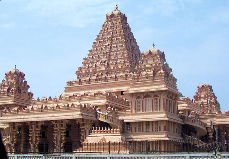 Top Spiritual Destination In Delhi-Chhatarpur Mandir