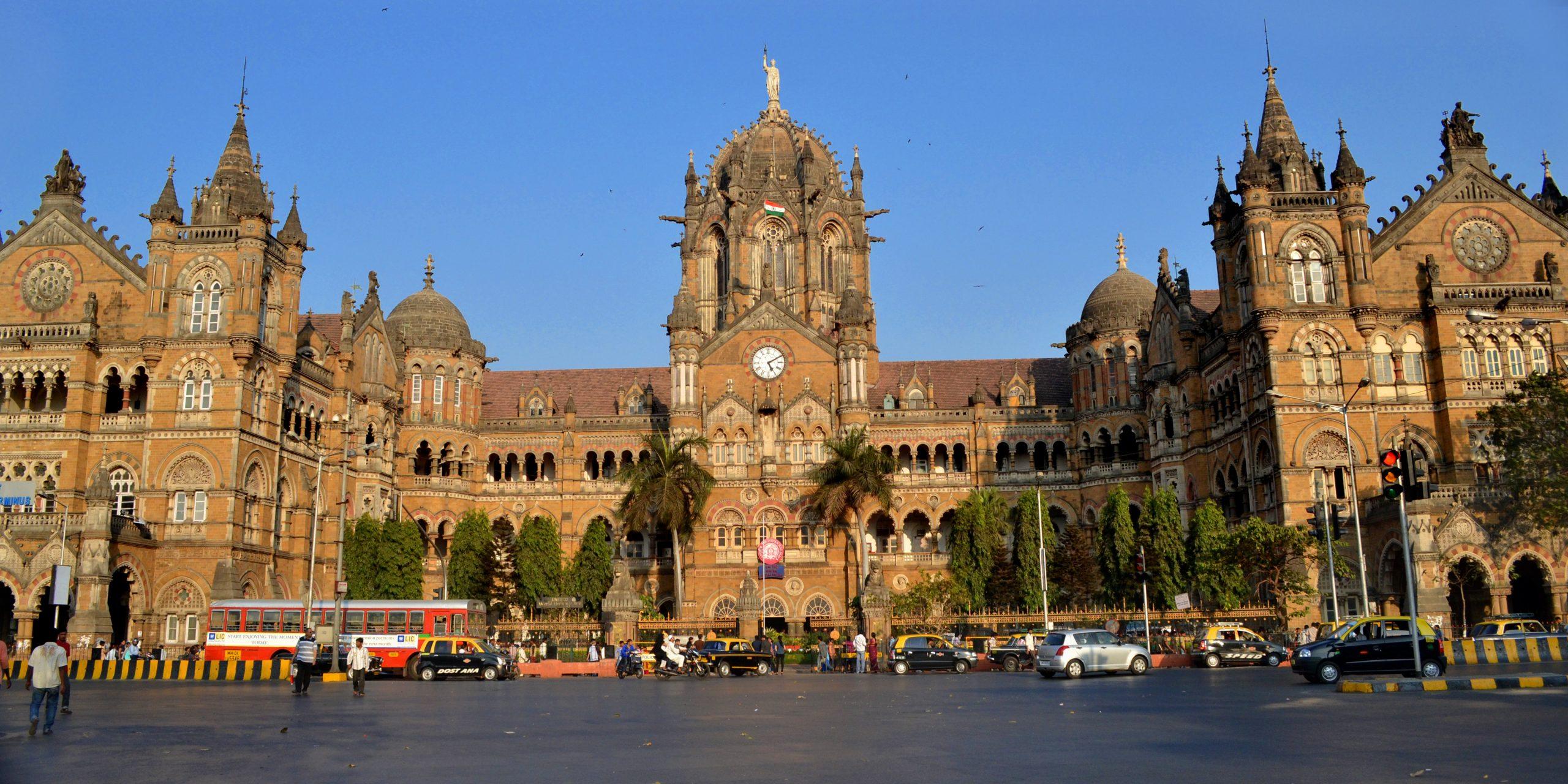 Chhatrapati Shivaji Terminus Must-Visit Places in Mumbai
