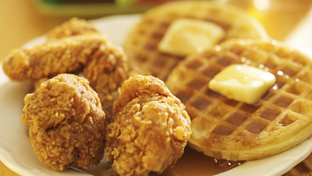 Tasty Food You Should Try On Your Trip To Houston-Chicken & Waffles