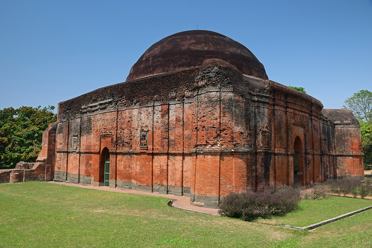 Amazing Heritage Destination in West Bengal-Chika Mosque, Malda