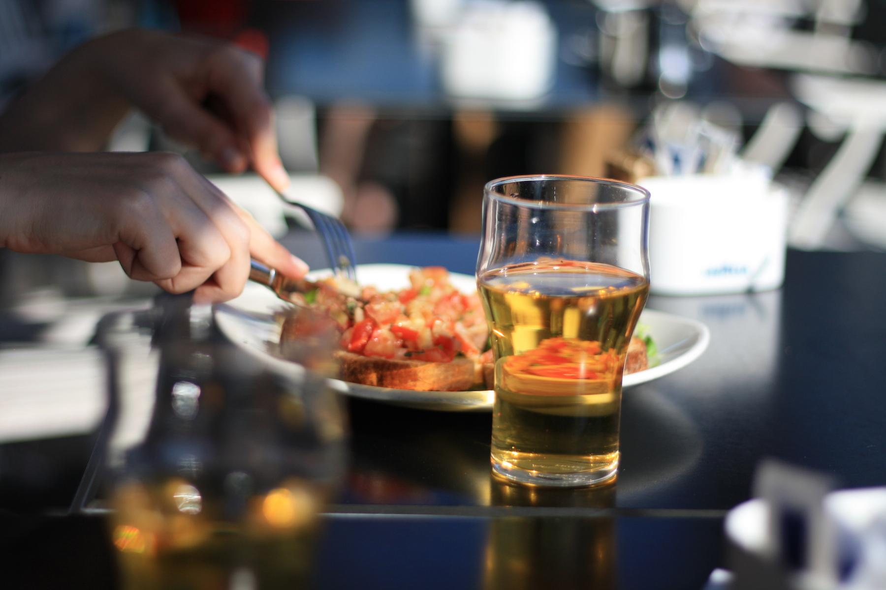 Top Nightlife Spot In Krabi-Chilling Bar and Restaurant, Paknam