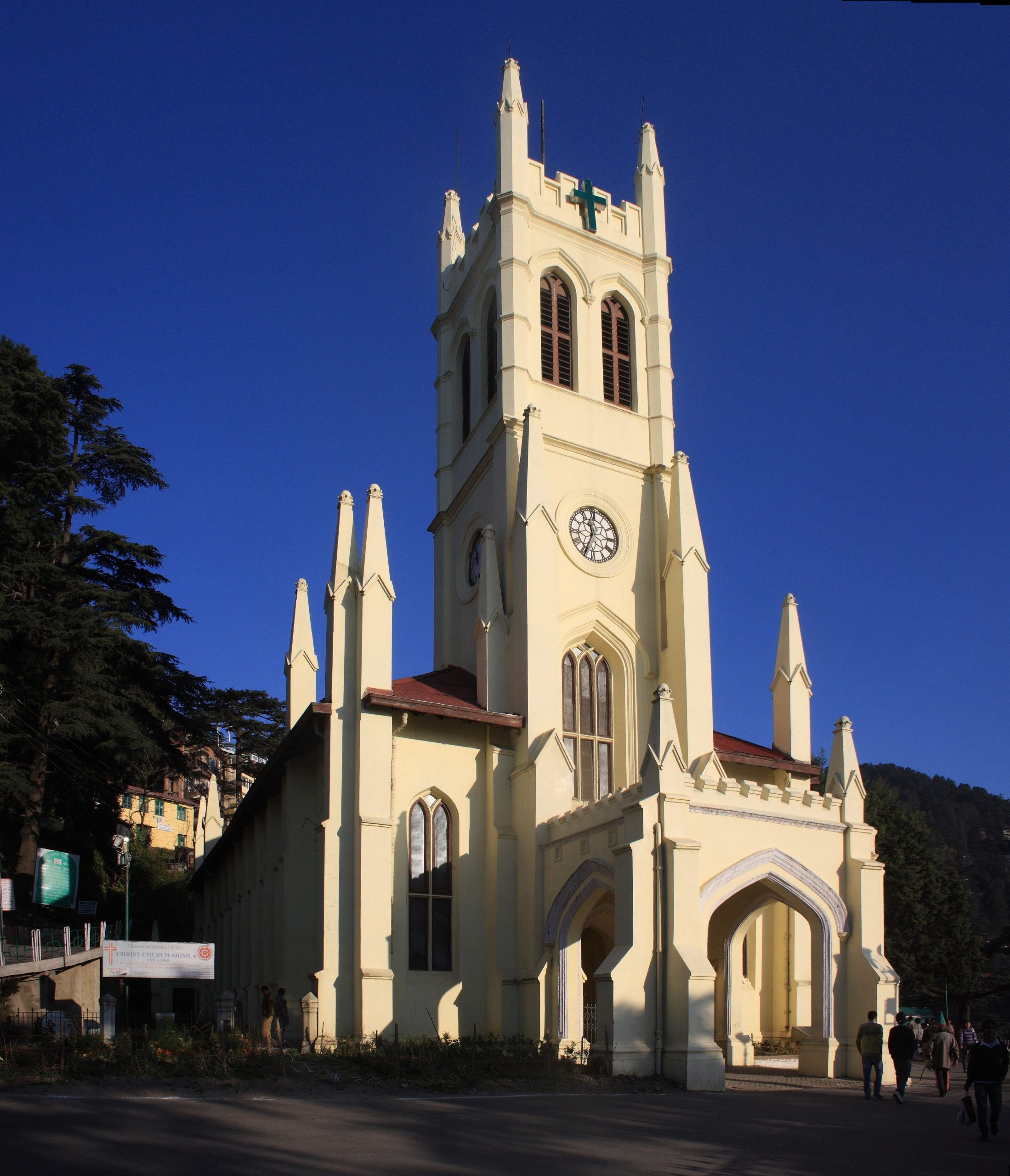 Christ Church- Best Place to Visit in Shimla and Kufri