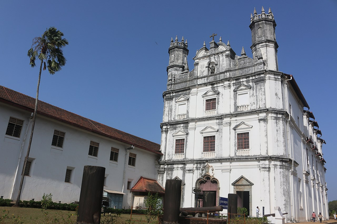 Church of St Francis of Assisi - Popular Churches That You Must Visit in Goa