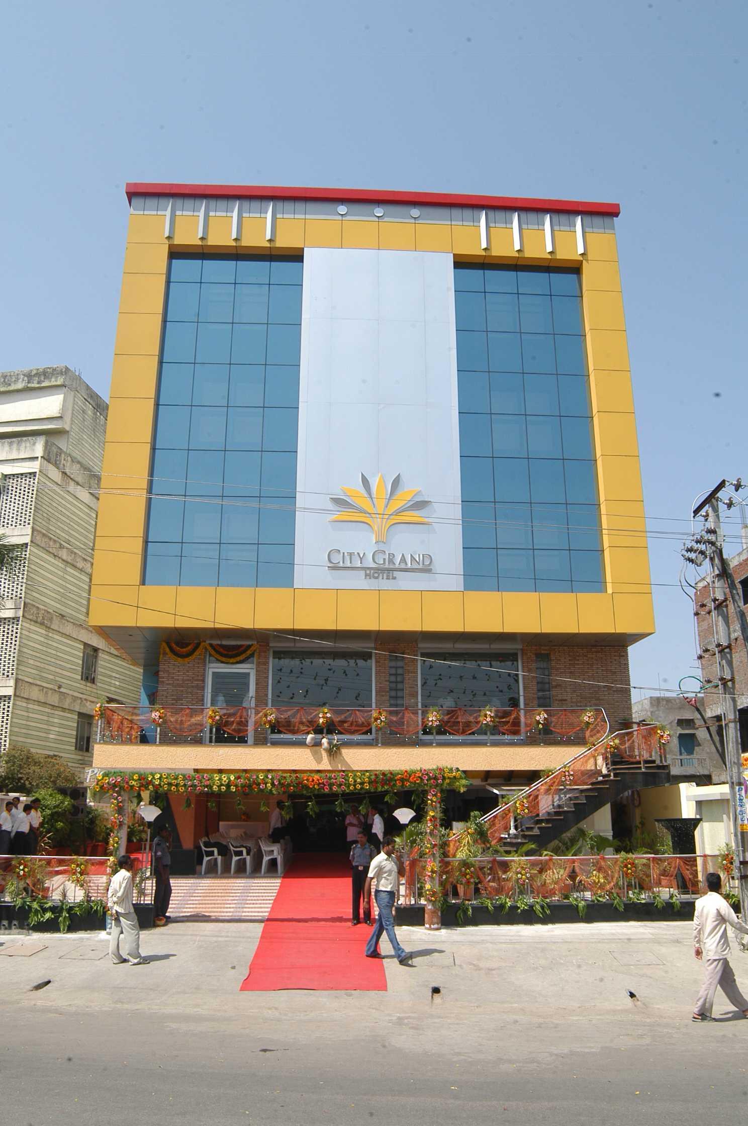 Popular Restaurant in Telangana-City Grand Hotel