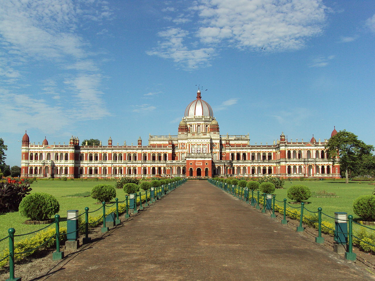 Cooch Behar Palace - Top Historical Monument to See in West Bengal