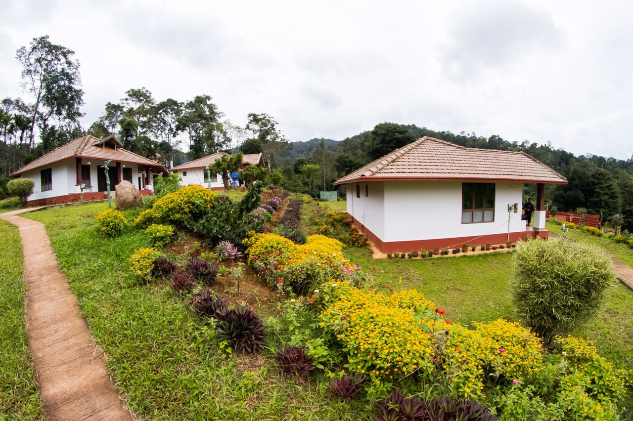 Coorg Heritage Inn - Coffee Estate Stays In Coorg, The Scotland of India