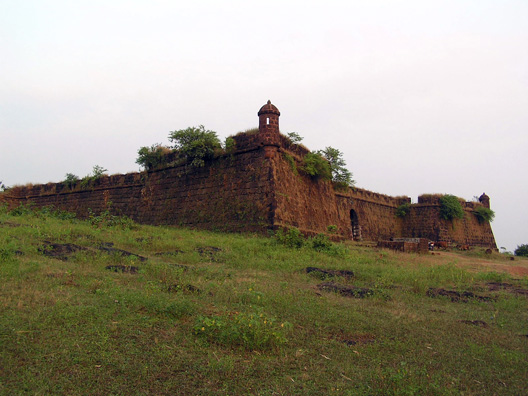 Famous Fort to Visit in North Goa-Corjuem Fort