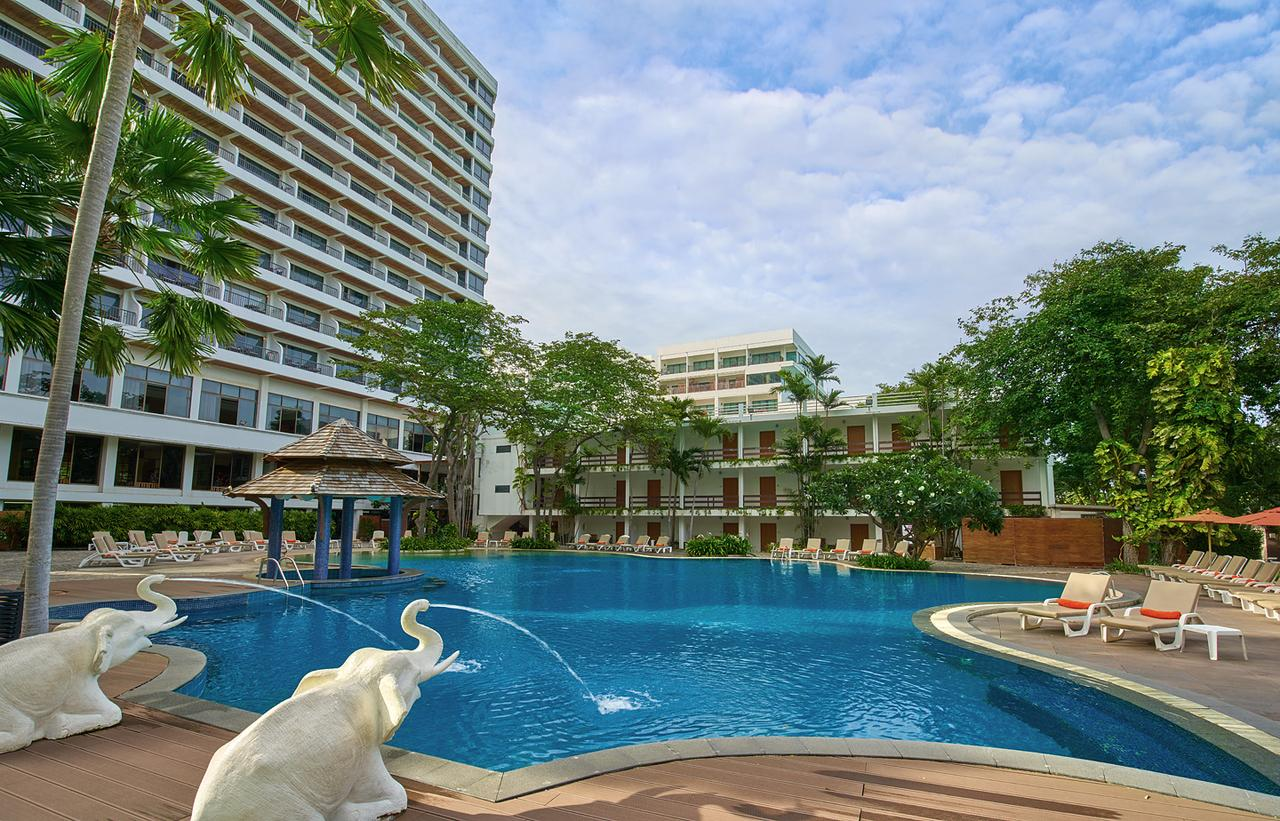 Cosy Beach Hotel-Amazing Resort/Hotel in Pattaya