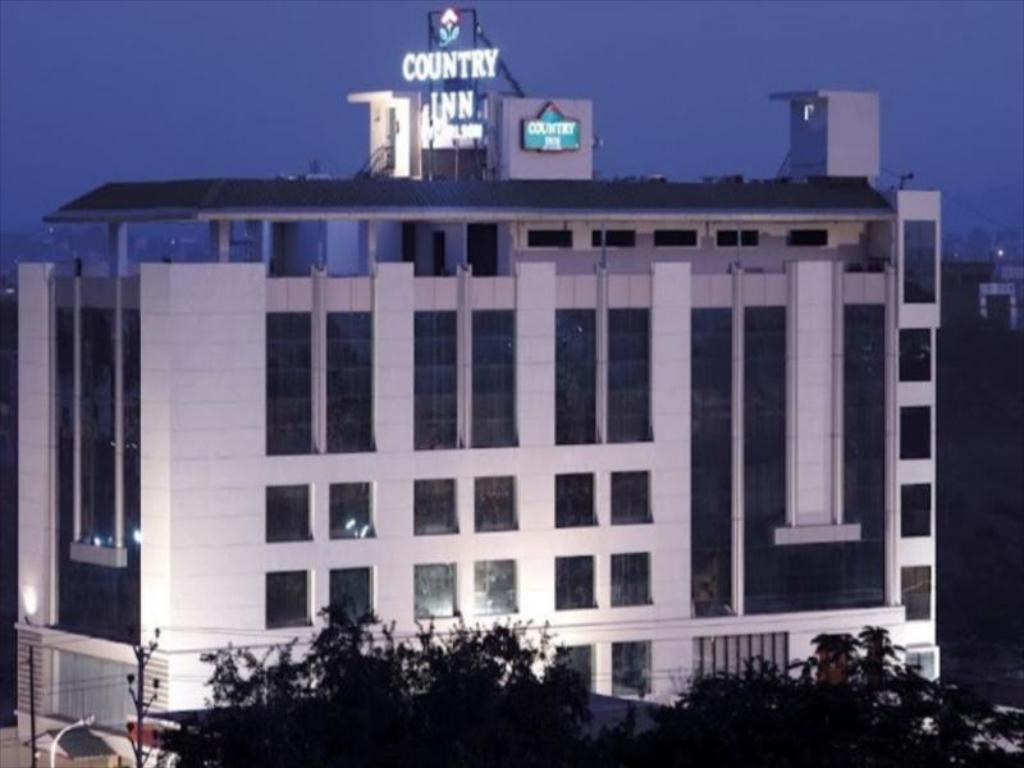 Budget Mid-Range in Indore-Country Inn and Suites by Radisson