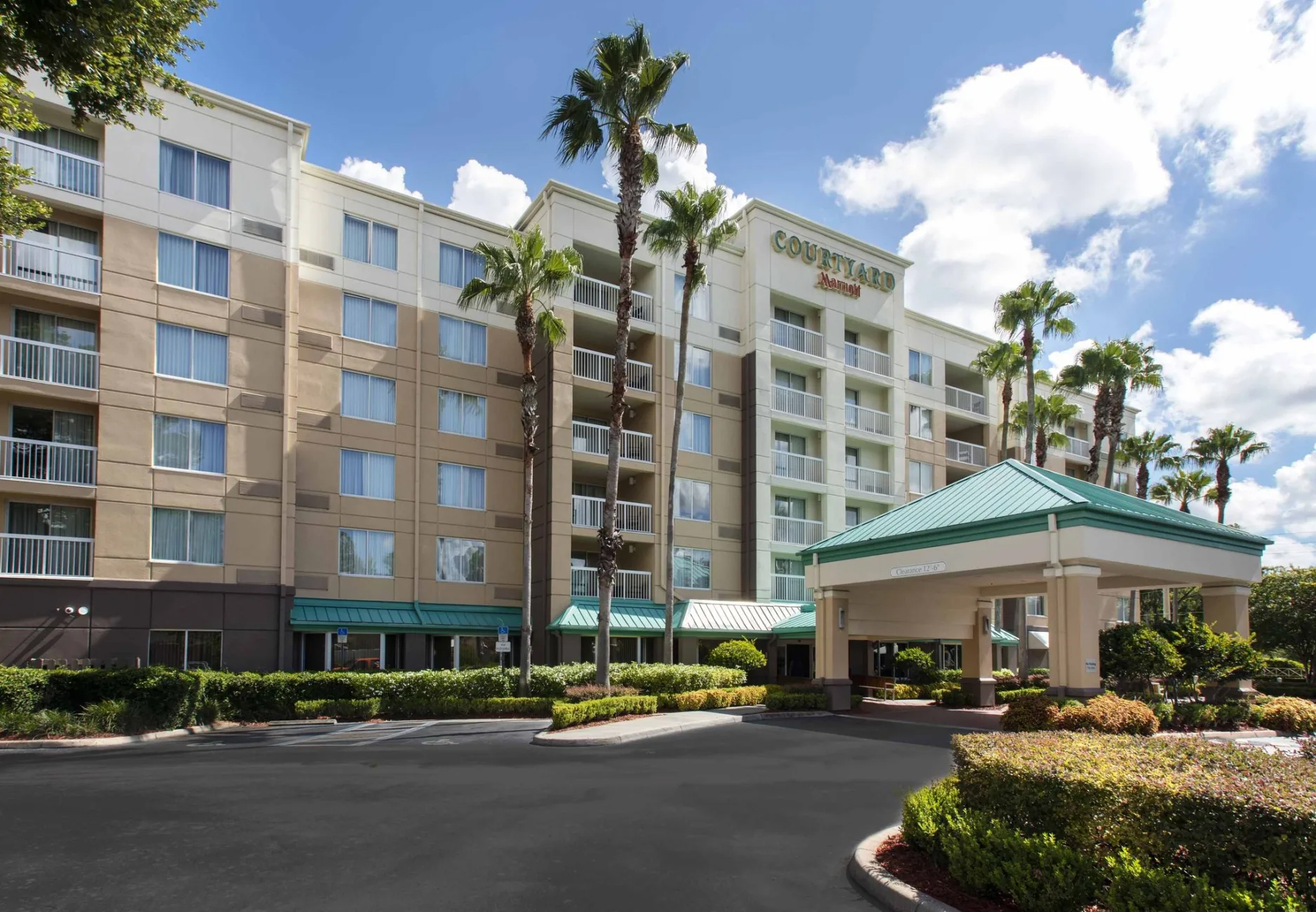 Hotels to Stay in Downtown Orlando - Courtyard by Marriott Orlando Downtown