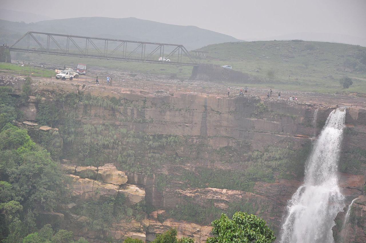 Top Tour Place In Cherrapunji-Dainthlen Falls