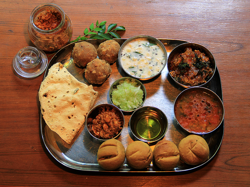 Dal Bati Churma - Top Rajasthani Dishe That Every Foodie Must Try