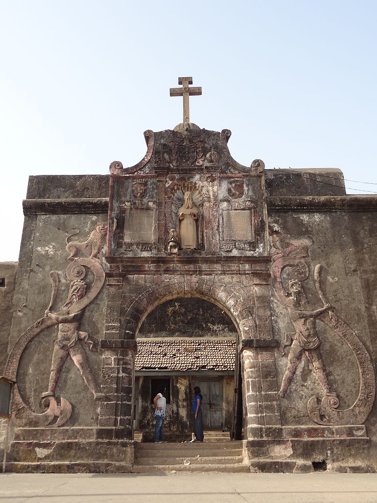 Awesome Weekend Destination from Surat-Daman and Diu, Jerome Fort