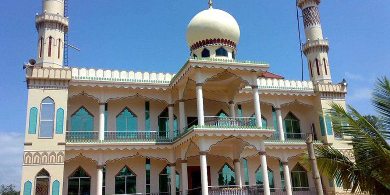 Dargah Sharif of Yemmemadu - Main Attractions Of Coorg Scotland of India