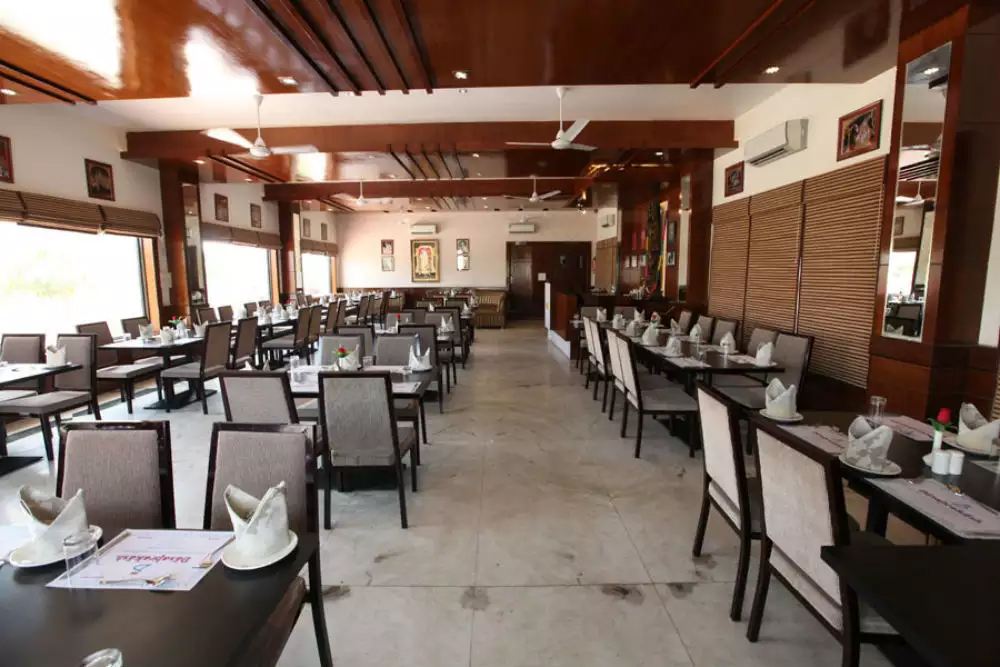 Popular Food Place in Mathura & Vrindavan - Dasaprakash Restaurant