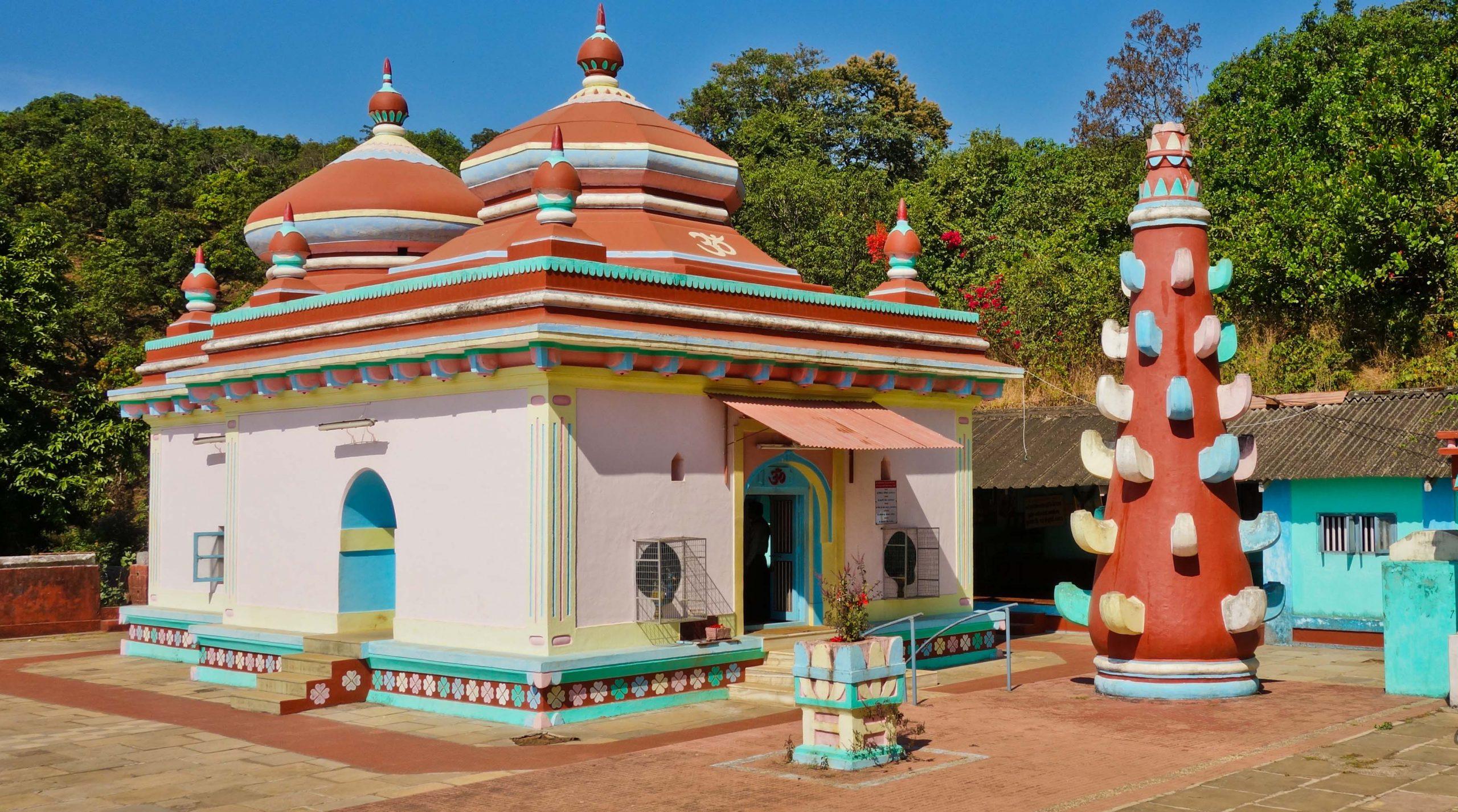 Dashbhuja Ganesh Temple - Must-Visit Temples in Ratnagiri
