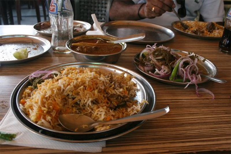 Dastarkhwan - Best Restaurant Serving Authentic Lucknowi Food In Lucknow
