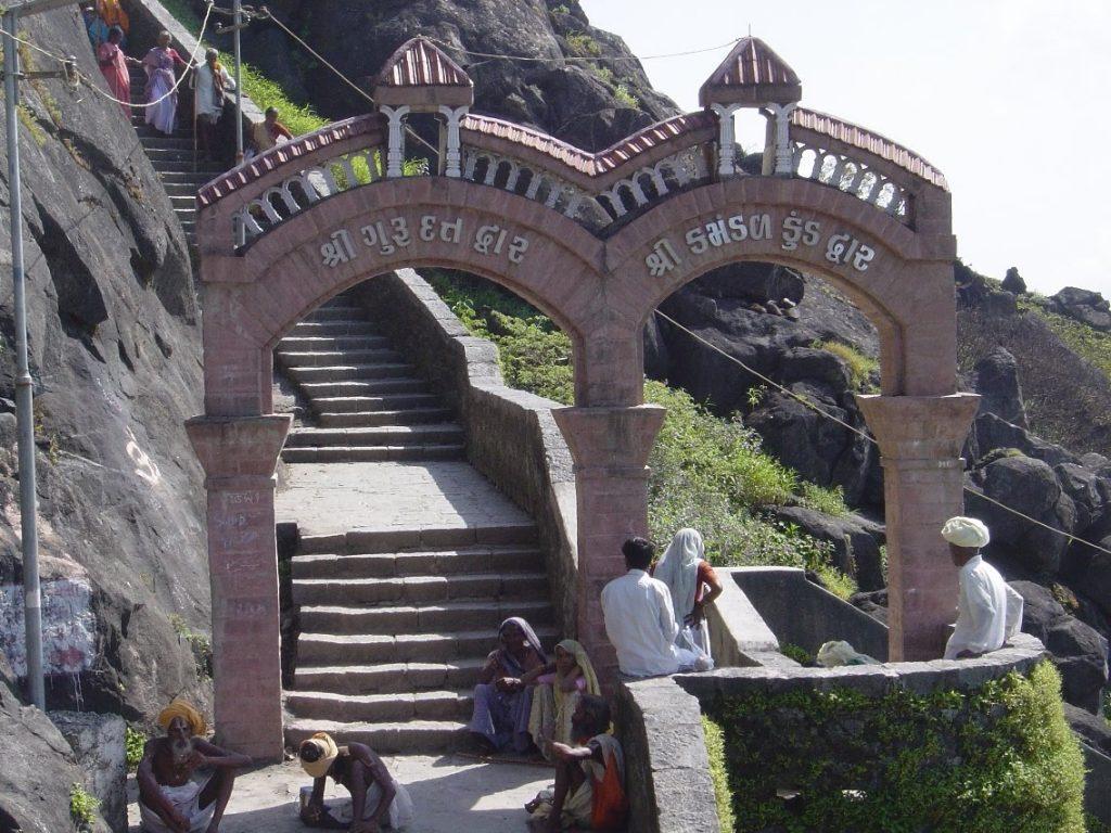 Place to Visit Near Chorwad Beach-Visit Tthe Dattatreya Temple