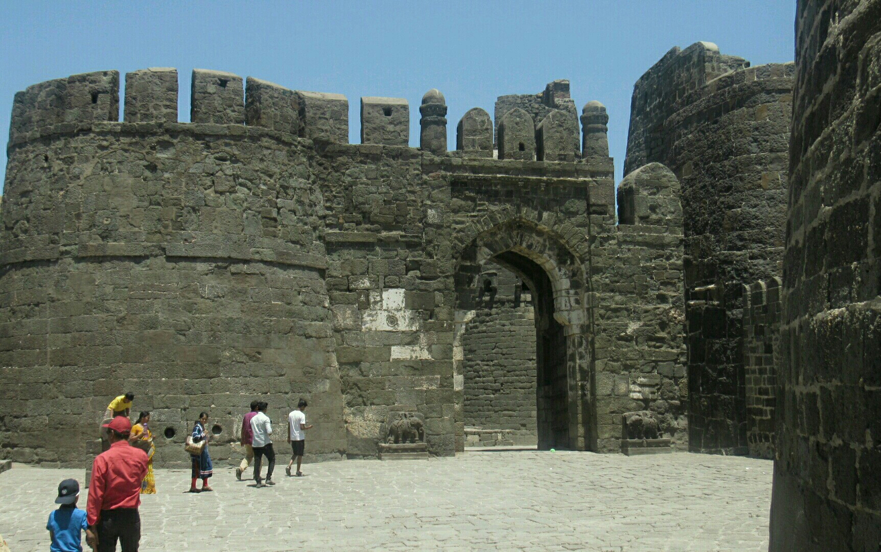 Daulatabad Fort - The Fort That First Heard the Tughlaqi Edict