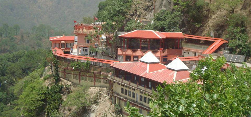 Attractive Place To See In Hamirpur-Deotsidh Temple