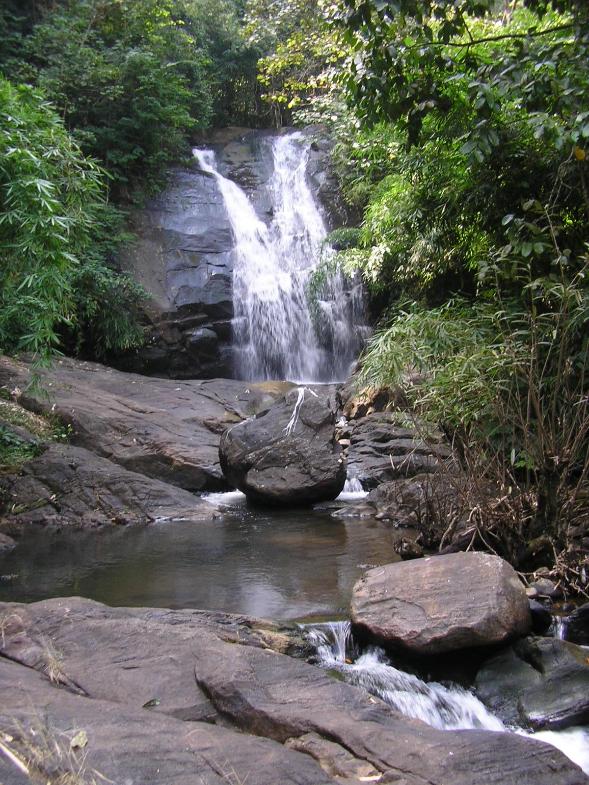Nice Waterfall In Karnataka-Devaragundi Waterfalls