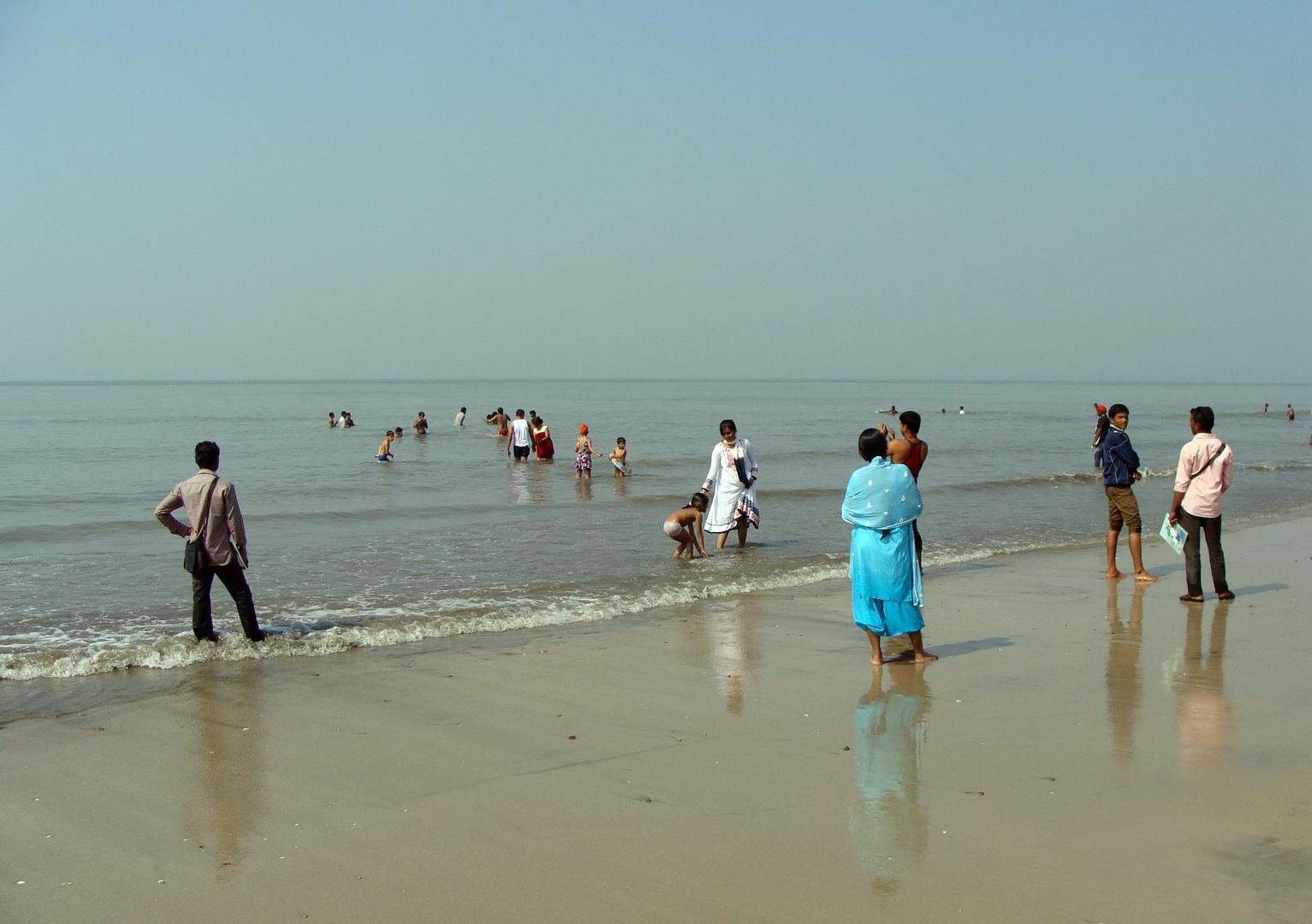 Attraction Beach To Visit In Karnataka-Devbagh Beach