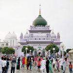 Visit Dewa Sharif Dargah
