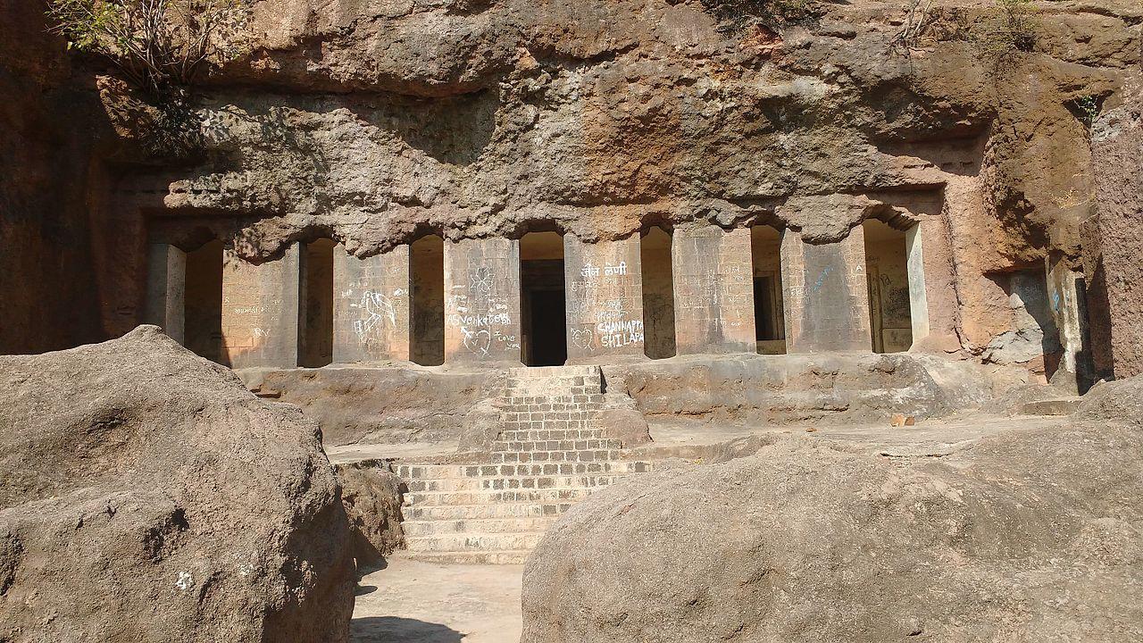 Best Place to Visit Near Naldurg-Dharashiv Caves
