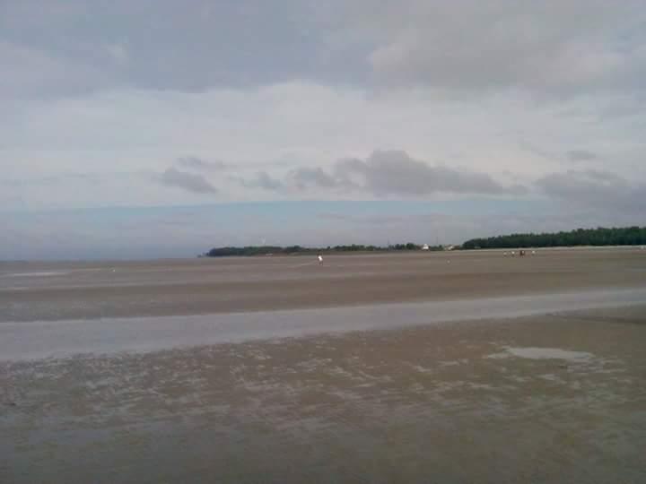 Nice Beach in West Bengal-Diamond Harbor Beach
