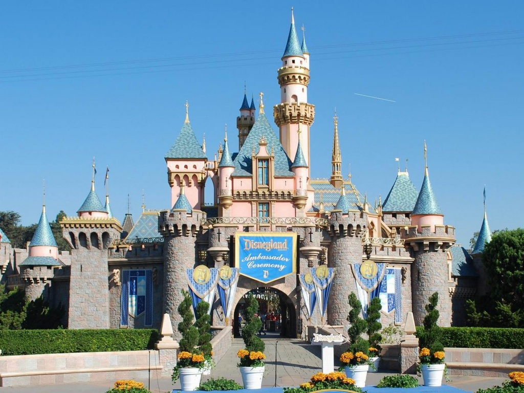 Disneyland - Awesome Theme Park In California