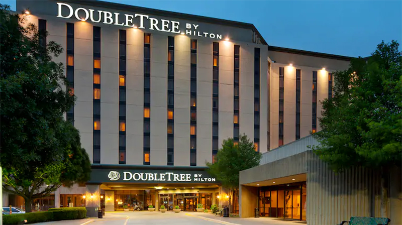 Double Tree by Hilton Hotel Dallas Near The Galleria: Mid-Range Hotels in Dallas
