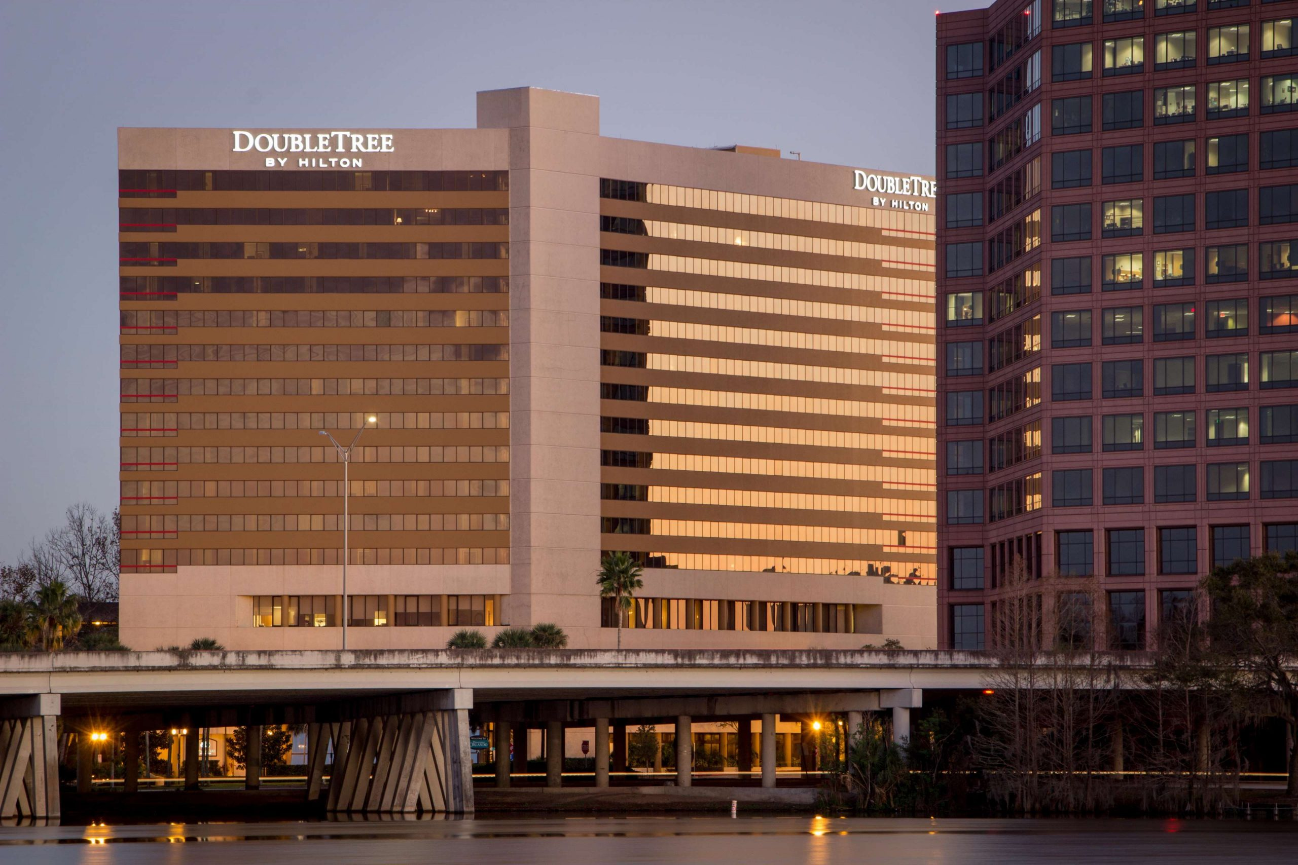 Hotels to Stay in Downtown Orlando - DoubleTree by Hilton Orlando Downtown
