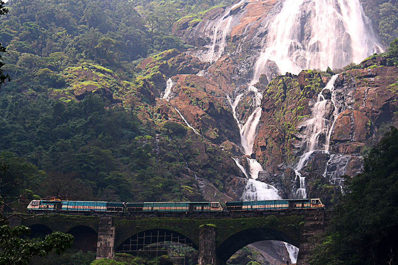 https://en.wikipedia.org/wiki/File:Dudhsagar_Falls_Triplet.jpg Dudhsagar Falls in GoaPopular
