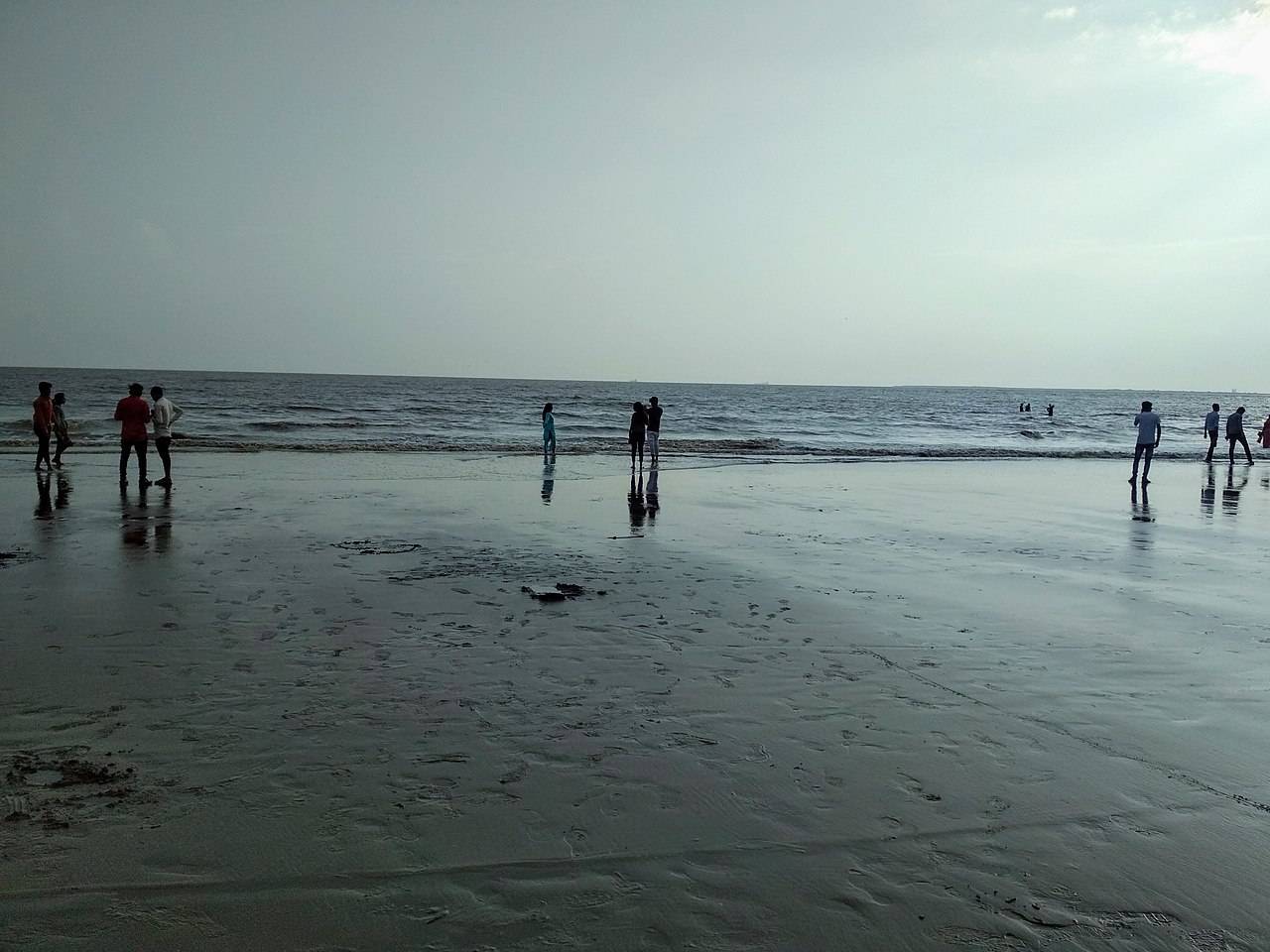 Place To Visit Near Surat Castle-Dumas Beach